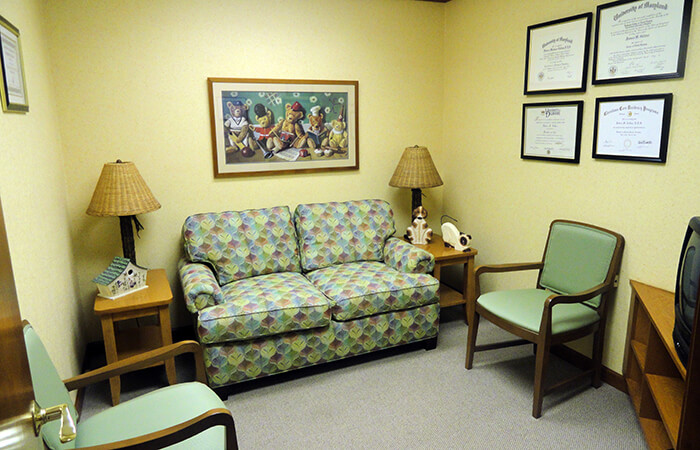 Office lobby for Pediatric dentists Dr. Robert Collins and Dr. Dale Collins